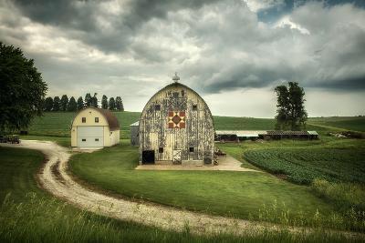 Farmland with Barns in USA--Photographic Print