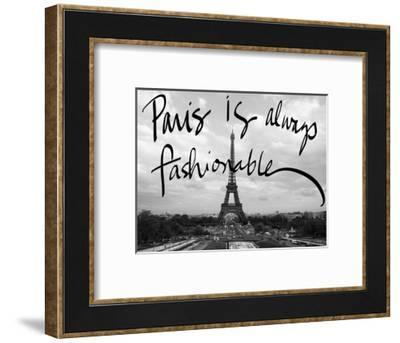 Fashionable Paris-Emily Navas-Framed Photographic Print