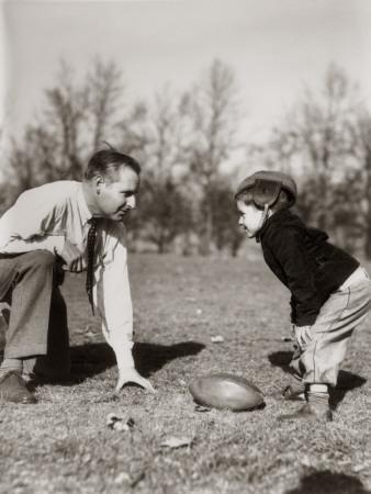 https://imgc.artprintimages.com/img/print/father-and-son-playing-football_u-l-q10bs3b0.jpg?p=0