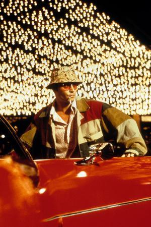 https://imgc.artprintimages.com/img/print/fear-and-loathing-in-las-vegas-by-terry-gilliam-with-johnny-depp-1998_u-l-pwginj0.jpg?p=0