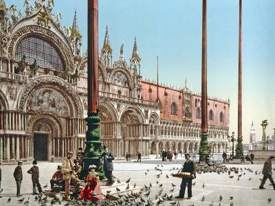 Feeding the Pigeons in St Mark's Square, Venice, C.1900--Photographic Print