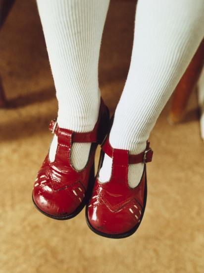 cheap for discount 1ffc3 fb67a Feet of a Little Girl Wearing Shiny, Red Shoes Photographic Print by    Art.com