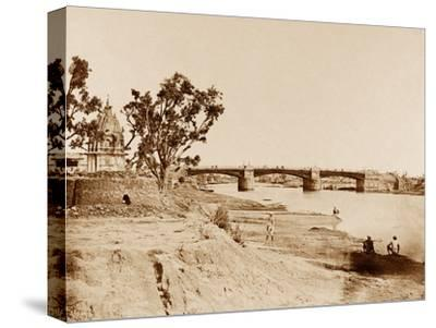 The Iron Bridge, Lucknow