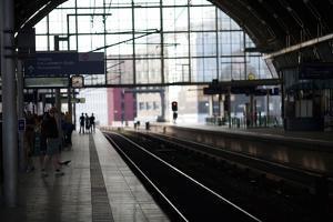 Alexanderplatz Railway Station by Felipe Rodriguez