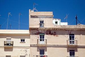 Building in Cadiz by Felipe Rodriguez