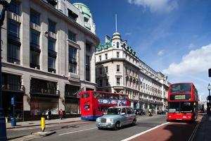 Regent Street from Picadilly Circus, Westminster, London by Felipe Rodriguez