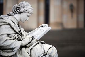 Statue in Berlin by Felipe Rodriguez