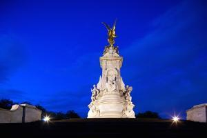 Victoria Memorial, London, England, United Kingdom by Felipe Rodriguez