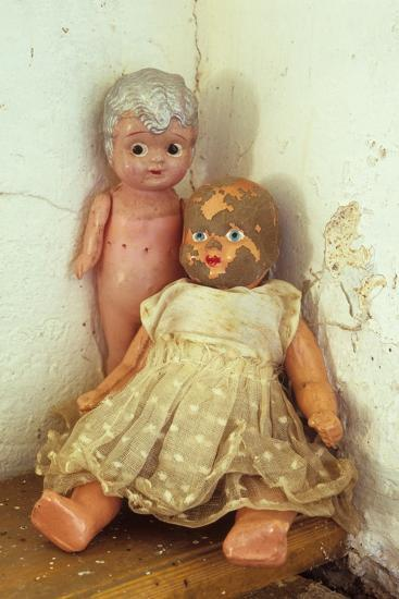 Female Dolls-Den Reader-Premium Photographic Print