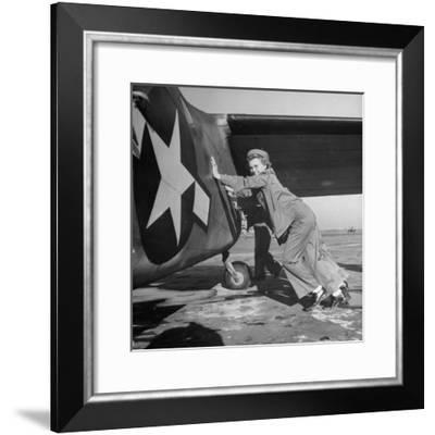 Female Marines Pushing the Tail of a Plane to Turn It Around During Flight Training For WWII-William C. Shrout-Framed Photographic Print