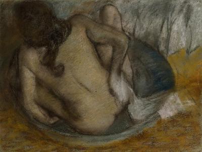 Femme Au Tub, 1884-Edgar Degas-Giclee Print