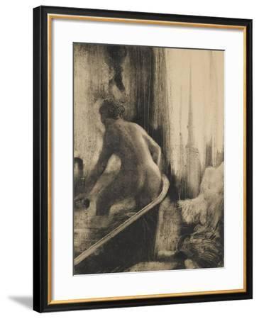 Femme debout dans une baignoire-Edgar Degas-Framed Giclee Print