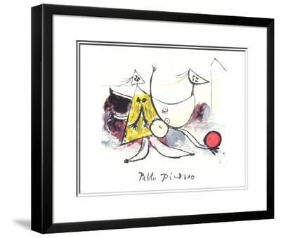Femme sur la Plage Jouant au Balloon-Pablo Picasso-Framed Art Print