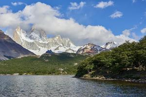 Capri Lagoon with Monte Fitz Roy in the background, Patagonia, Argentina, South America by Fernando Carniel Machado