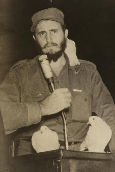 Fidel Castro--Photographic Print