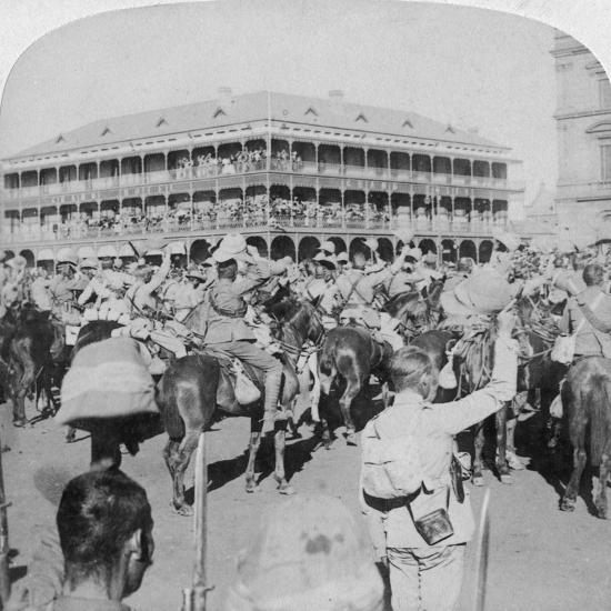 Field Marshal Lord Roberts and Staff Cheering the Queen, Pretoria, South Africa, 5th June 1900-Underwood & Underwood-Giclee Print