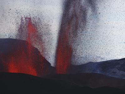 FimmvördUHals Eruption, Lavafountains, Eyjafjallajökull, Iceland--Photographic Print