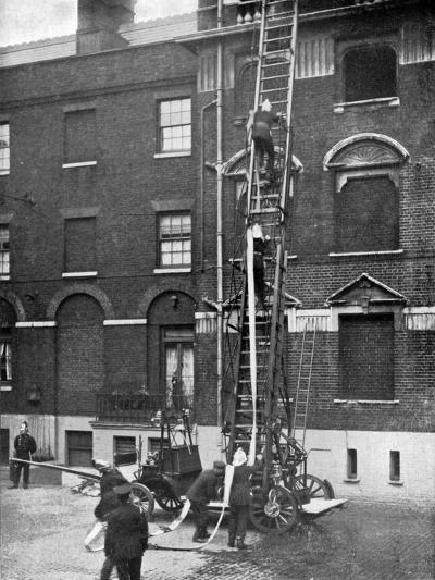 Fire Engine, Late 19th Century--Giclee Print