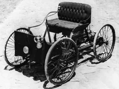 First Automobile Built by Henry Ford--Photographic Print