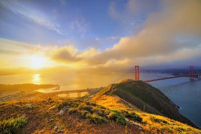 First Light at Golden Gate Bridge, San Francisco-Vincent James-Photographic Print
