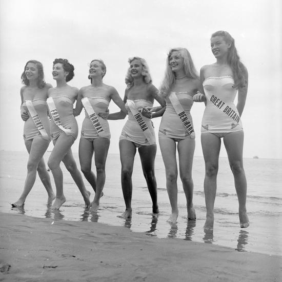 3232d0e6cc3cb First Miss Universe Contest Contestants Wearing Bathing Suits, Long Beach,  CA, 1952 Photographic Print by George Silk   Art.com