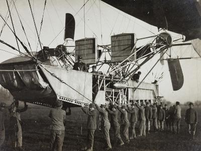 First World War: Detail of an Airship in the Italian Army before Take-Off--Photographic Print
