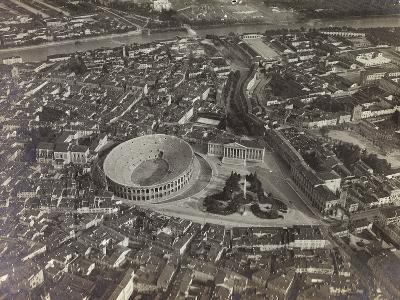 First World War: View of Verona with the Arena and the River Adige, Taken from a Blimp--Photographic Print