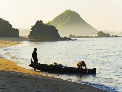 Fisherman Returning to Kuta Beach with His Daily Catch, Kuta Lombok, Indonesia, Southeast Asia-Matthew Williams-Ellis-Photographic Print
