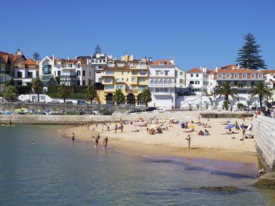 https://imgc.artprintimages.com/img/print/fishermans-beach-cascais-portugal-europe_u-l-phbwwj0.jpg?p=0