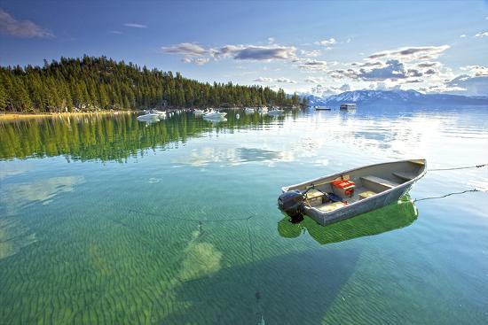 fishing-boat-in-lake-tahoe