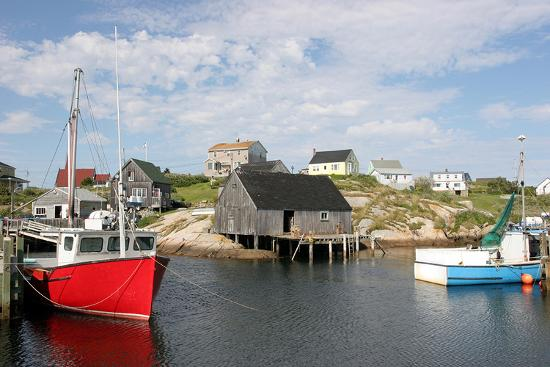 fishing-boat-in-peggy-s-cove