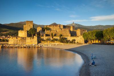 Fishing, Royal Castle, Collioure, Pyrenees-Orientales, Languedoc-Roussillon France-Brian Jannsen-Photographic Print