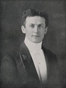 Houdini, Portrait at Age 32 by Fleming
