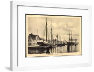 Flensburg, Segler Im Hafen, Anlegestelle, Steg