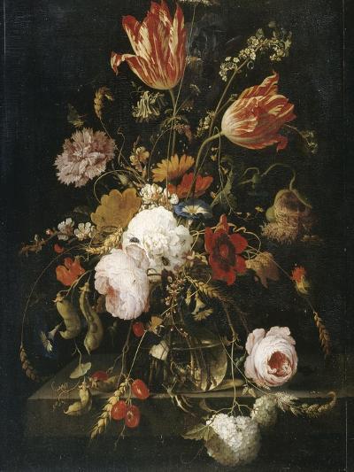 Fleurs dans une carafe de cristal avec une branche de pois et un escargot-Abraham Mignon-Giclee Print