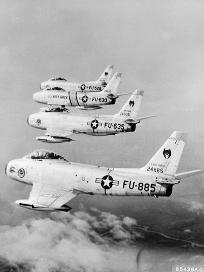 Flight of F-86 Sabrejets Guard the Philippines--Photographic Print