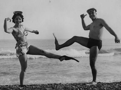 Flip Flop Dance--Photographic Print