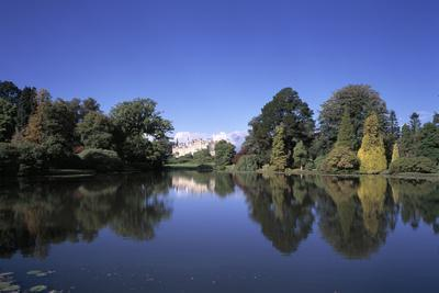 Lake and Trees at Sheffield Park Gardens, East Sussex - East-Sussex, Uk