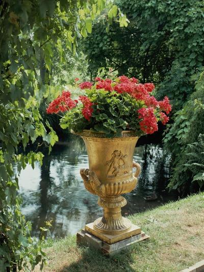 Flower Vase in the Courtyard of Charlottenhof Palace-Karl Friedrich Schinkel-Giclee Print