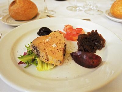 https://imgc.artprintimages.com/img/print/foie-gras-lunch-at-choteau-haut-chaigneau-lalande-de-pomerol-neac-bordeaux-gironde-france_u-l-p24raq0.jpg?p=0