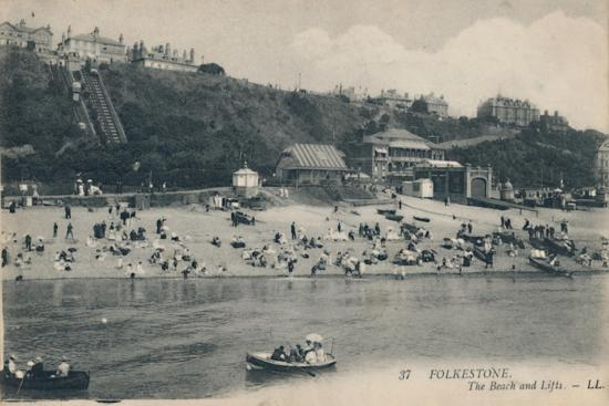 'Folkestone. The Beach and Lifts', late 19th-early 20th century-Unknown-Giclee Print