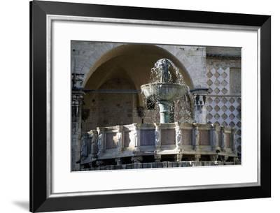 Fontana Maggiore--Framed Giclee Print