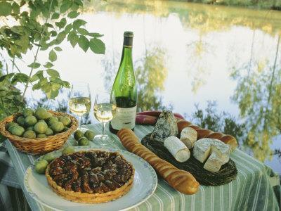 https://imgc.artprintimages.com/img/print/food-and-wine-on-a-table-beside-the-river-loire-france_u-l-p1l5xl0.jpg?p=0