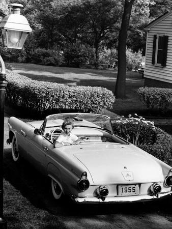 Ford Thunderbird, 1955--Photographic Print