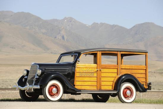 Ford woodie deluxe station wagon 1935-Simon Clay-Photographic Print