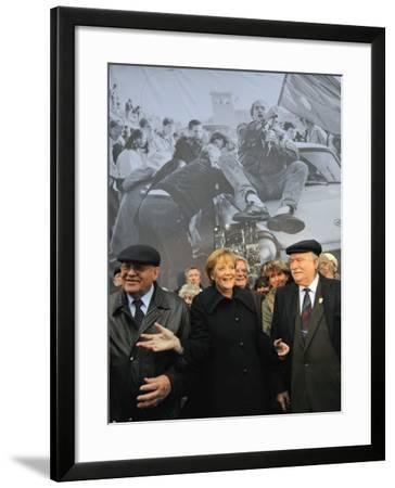 Former Soviet Leader Mikhail Gorbachev and Others During the Commemorations of Fall of Berlin Wall--Framed Photographic Print