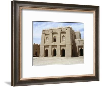 Fortified dwelling, al-'Ain oasis-Werner Forman-Framed Giclee Print