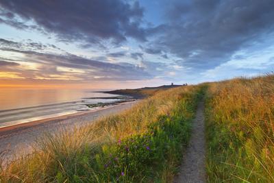 United Kingdom, Uk, Northumberland, Sunrise at Dunstanburgh Castle