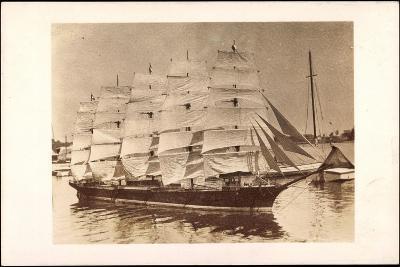 Foto Segelschiff Im Hafen, Fünfmaster, Boote--Giclee Print