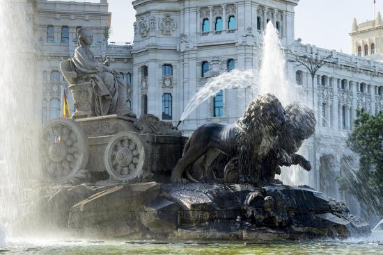 Fountain And Plaza De Cibeles Palace Palacio De Comunicaciones Plaza De Cibeles Madrid Photographic Print By Charles Bowman Art Com